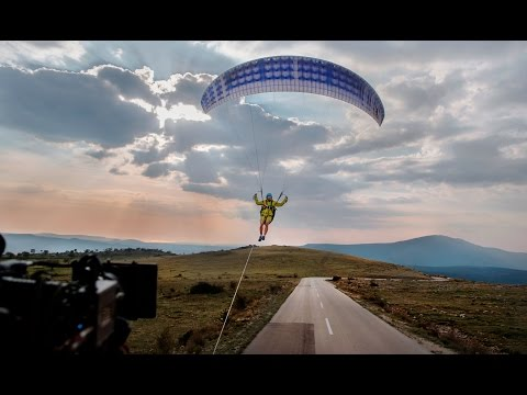 Volvo Trucks - A world first: passing through a tunnel with a paraglider in tow