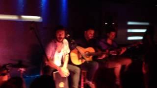 Te echo de menos - Juanito Makandé (Sevilla)