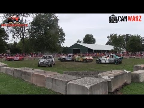 Heat 02 Of The Demolition Derby At Petrolia Fall Fair 2018