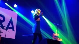 """Austra """"New Song"""" @ Munich 13/06/2015"""