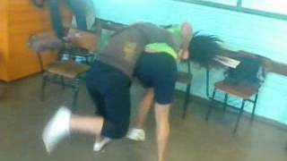 Thais Lima e Natalia Nóbrega Brigando