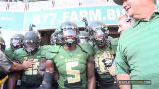 Crowd Goes Wild As Baylor Football Takes Field McLane Stadium Field For First Time