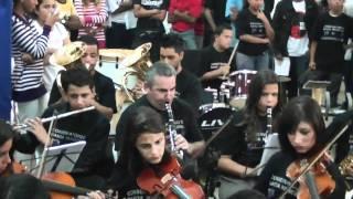 Orquestra Municipal de Ferraz de Vasconcelos - Tema 'Os Flintstones' [06/04/2011]