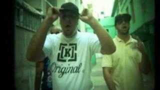 "Sam the kid feat Dj Cruzfader mixtape ""de volta ao serviço"""
