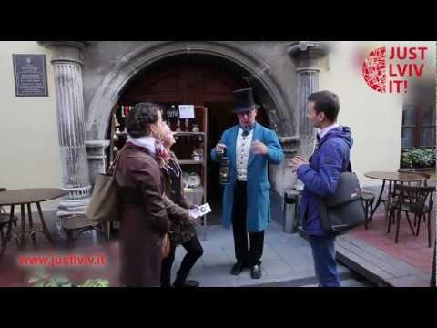Just Lviv It! – Від шпацеру до келішка (From Walk to Drink)