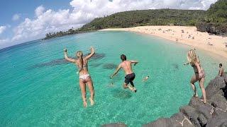 LIVING THE DREAM - Oahu, Hawaii 2016 - CHAINSMOKERS