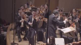 Ray Chen breaks string during performance