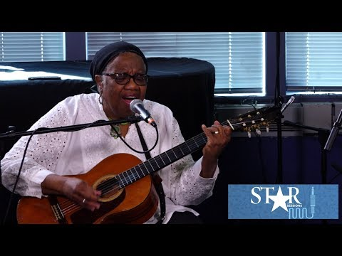 Star Sessions with Madisen Ward & The Mama Bear: Childhood Goodbye