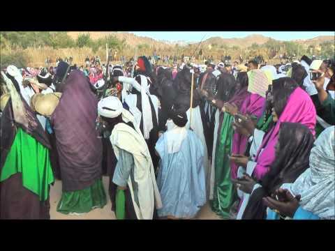 アルジェリア ジャネット トアレグ族のスビーバ祭り S'biba Festival in Djanet