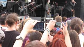 """Motionless In White - """"Break The Cycle"""" (Denver, CO Warped Tour - 07/31/16) LIVE HD"""