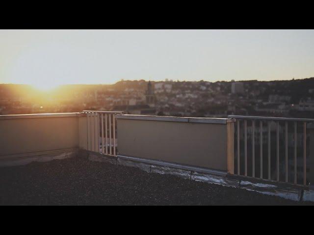 Videoclip oficial de 'Je Ne Veux Pas Morir Ce Soir', de Vincent Delerm.