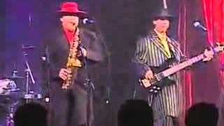 El Pachuco - Los Garcia Bros