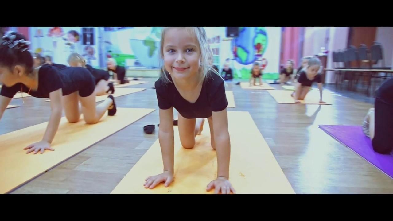 Занятия для самых юных танцоров клуба Дуэт