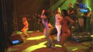 Dança Kuduro - Garota Safada - Oktober Fest 2011  - TvGeral.com