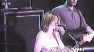 Liz Phair - Supernova live 04/12/99