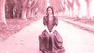 Cover - La soledad - Laura Pausini  (Videoclip por Bettina Figgini)
