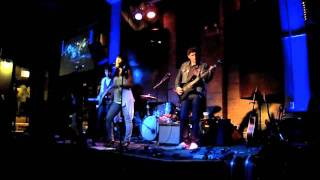 """CC & The Mayhaps - """"Oh Darling"""" (Live at Goose Island Wrigley)"""