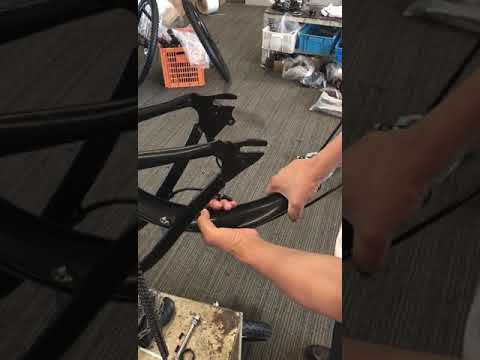 How to repair the bent fender AN-EB006