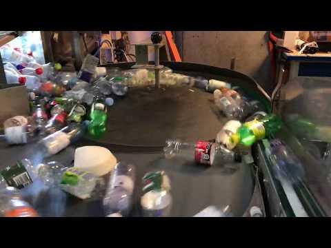 Flasker og dåser med pant på igennem pantstationen i Høje Taastrup - Dansk Retursystem