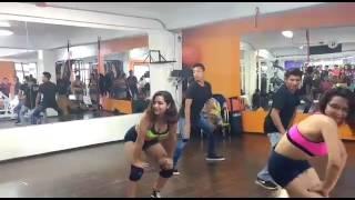 Twerk Lucky dancers