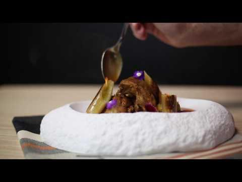 Rabbit casserole with leeks