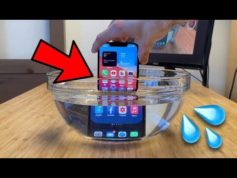 iPhone si può LAVARE con ACQUA e SAPONE …