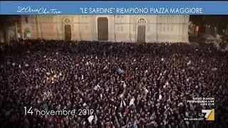 Le 'sardine' riempiono Piazza Maggiore a Bologna e intonano Bella Ciao