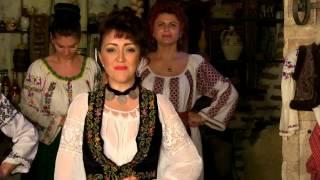 Ionela Anghel Popa - Si la mine e bun vinul (official video)