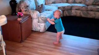 Funny Dancing Baby- Im too sexy for my shirt