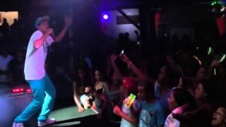 Yuri BH - Sirene da Escola- Ao Vivo no Parrilha - BH - Dia 27/01/14