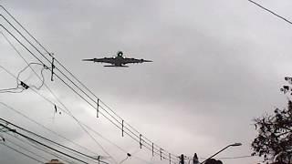 o maior aviao  do mundo de passageiros pousando em guarulhos