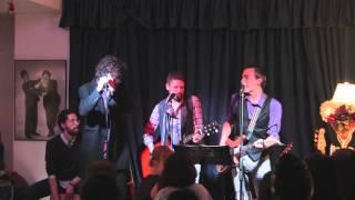 Sombra Doble con Nacho Sarria - cover de Rock&roll en la plaza del pueblo (Tequila), en Lolita