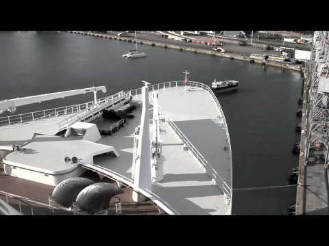 Queen Mary 2 Sounding the Whistle