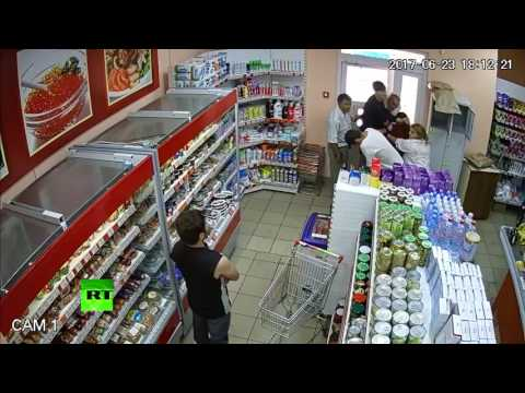 Booze Brawl: Man fails to steal 4 bottles of alcohol from a shop in Russia