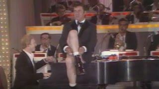 Jerry Lewis Takes Off His Pants (1975) - MDA Telethon
