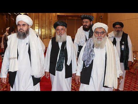 Governo afegão e talibãs em conversações de paz