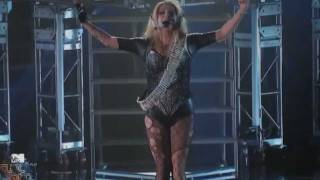 Ke$ha Blow (Live Word Stage Mtv)