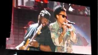 Young, Wild & Free - Snoop Dogg & Wiz Khalifa (Live @ Coachella 2012) [HIGH QUALITY]