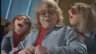 The Muppets Show/Paul Williams---Old Fashioned Love Song