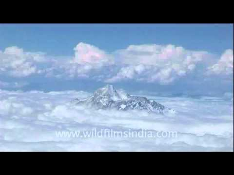 Cloud number nine : Mt. Everest from the air!
