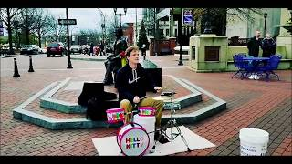Hello Kitty Street Drumming