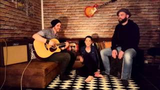 RiNi feat. Esi&Nico - Flashlight - Jessie J - Acoustic Cover Live