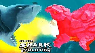 Hungry Shark Evolution - Pyro vs Enemy Megalodon