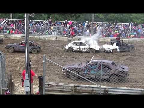 USA Demolition Derby Championship 2018 Compact car Heat (Saline,Michigan)