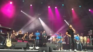 BossAC + Shout - Tu Es Mais Forte - Rock In Rio 2012