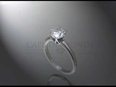 Solitaire ring,white round diamond,6 claws,plain band,platinum,engagement ring