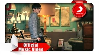 Rafael Tan - Tiada Kata Berpisah (Official Music Video)
