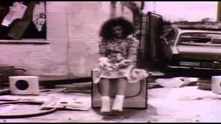 [HD] Bob Marley - Three Little Birds.. Official Video (LyriX).HD