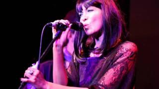 """Ella Montclare   """"Once Bitten Twice Shy"""" Live"""