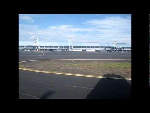 La Costeña Airlines ATR-42 landing Managua, NI